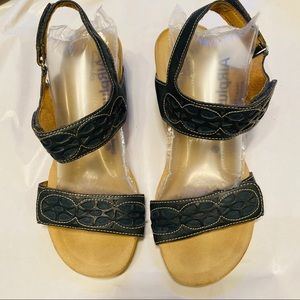 Clarks bendable sandals with back strap